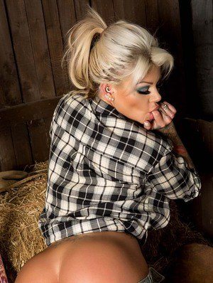 Farm Girl Ass Pictures