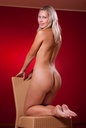 Blonde Ass Pictures